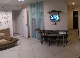 Снять - фото. Снять двухкомнатную квартиру посуточно без посредников, Москва, 2-я Мякининская улица, 19А, район Кунцево - фото.