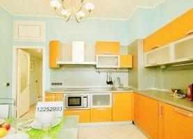 Снять - фото. Снять трехкомнатную квартиру посуточно без посредников, Москва, 1-я Тверская-Ямская улица, 36с1 - фото.