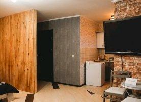 Снять - фото. Снять однокомнатную квартиру посуточно без посредников, Тюменская область, улица Коммунаров, 4 - фото.