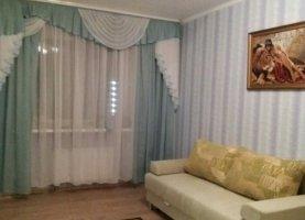 Сдается в аренду 1-комнатная квартира, 38 м2, Тюмень, улица Мельникайте, 138А